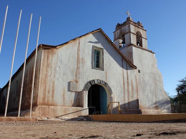Igreja de San Pedro tem cactos e couro de lhama em sua estrutura (Foto: Dennis Barbosa/G1)