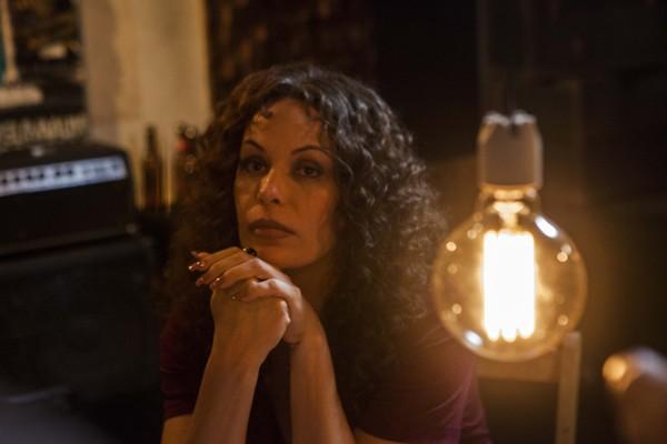 """Carolina Ferraz no filme """"A Glória e a Graça"""" (Foto: Guilherme Maia)"""