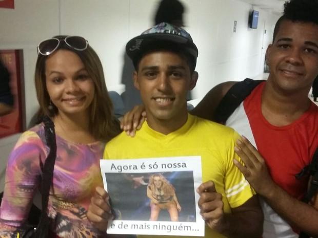 professor de dança Carlos Rafael quis mostrar a Joelma que ela tem o apoio incondicional dos fãs (Foto: Katherine Coutinho/G1)