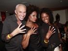 Adriana Bombom recebe amigos famosos em evento no Rio