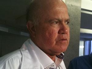 Cesar Leite, médico hematologista que atende Carlinhos Cachoeira em Goiânia (Foto: Carolina Simiema/G1)