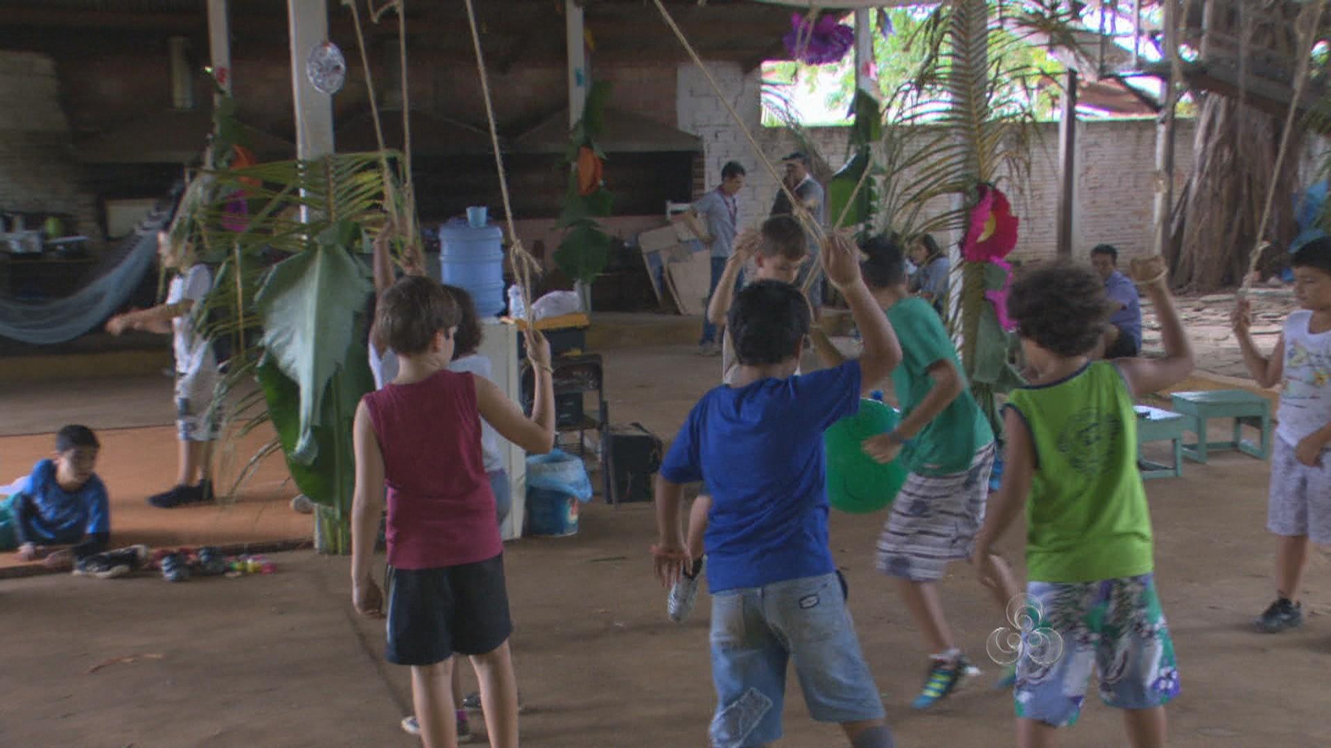 Crianças durante atividade recreativa (Foto: Amazônia TV)