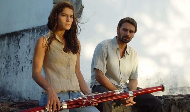 Priscila Fantim faz par com Murilo Rosa no filme (Foto: Divulgação/Reprodução)