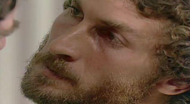 Hilrio diz a Csar que se alguma coisa acontecer com Walkria, ele o matar (Foto: Reproduo/viva)