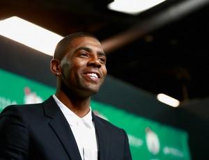 Kyrie Irving aprsentação Boston Celtics