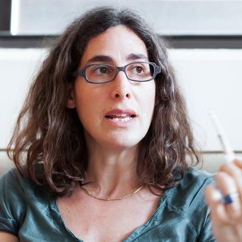 Sarah Koenig, a jornalista que narra o podcast Serial (Foto: Reprodução)