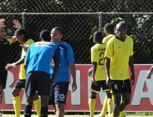 Jogo-treino entre Cruzeiro e Progresso (Foto: Tarcísio Neto / Globoesporte.com)