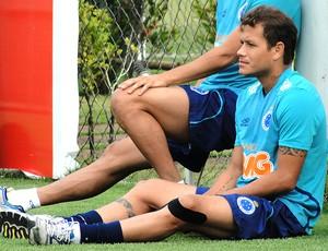 Everton treino Cruzeiro (Foto: Maurício Paulucci)