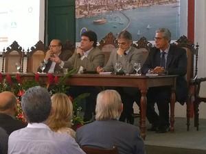 Fórum foi realizado no Palácio da Associação Comercial da Bahia (Foto: Henrique Mendes / G1)