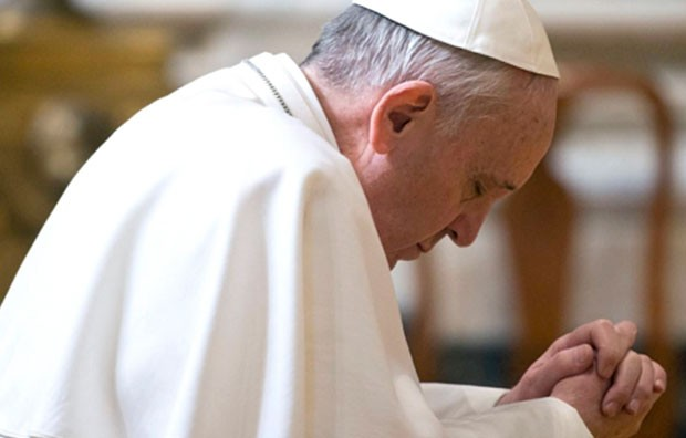 Papa condenou a violência cega dos atentados de Bruxelas (Foto: L'Osservatore Romano/ANSA/AP)
