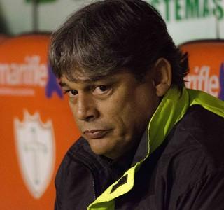 Marcelo Veiga técnico da Portuguesa (Foto: Levi Bianco / Ag. Estado)
