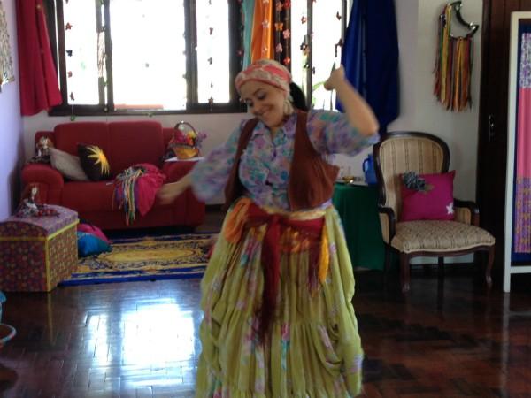 Equipe do Estúdio SC conheceu professora de dança cigana turca (Foto: Divulgação)
