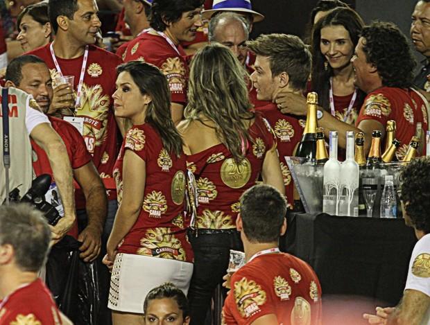 MICHEL TELÓ e THAIS FERSOZA. (Foto: Henrique Oliveira - Photo Rio News)