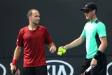 Soares e Murray s�o eliminados por americanos na 1� rodada na Austr�lia