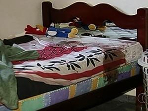 Empresária e filho são encontrados mortos dentro de casa, em Goiás (Foto: Reprodução/TV Anhanguera)