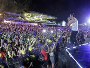 Plateia cheia em recente show (Foto: Divulgação/ João Luiz da Silva)