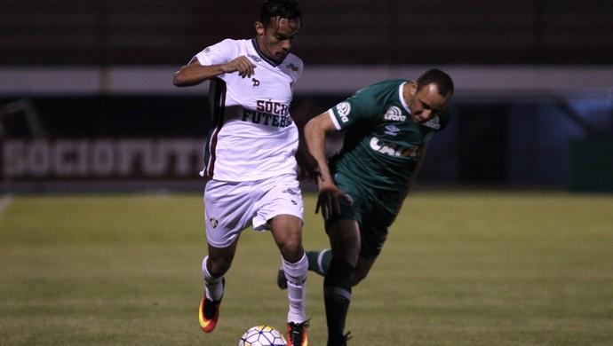 Scarpa - Fluminense x Chapecoense (Foto: NELSON PEREZ/FLUMINENSE F.C.)