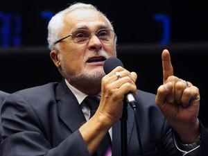 O ex-presidente do PT José Genoino, em sessão da Câmara em maio (Foto: Gustavo Lima/Ag.Câmara)