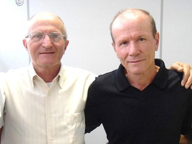 Paulo Camolesi (à esquerda de óculos) e vereador eleito Loca - Piracicaba (Foto: Reprodução/Facebook)