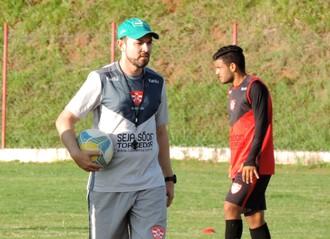 Moisés Egert, técnico do Linense, Copa Paulista (Foto: Sérgio Pais)
