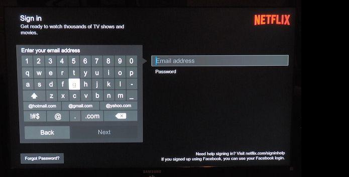 Fazendo login no Netflix em uma TV (Foto: Divulgação)
