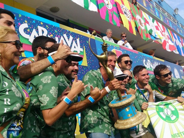 União da Ilha da Magia é vice-campeã do carnaval Florianópolis (Foto: Gabriela Machado/RBS TV)