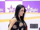 Gracyanne Barbosa exibe barriga estranha em evento em São Paulo