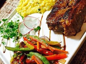 Restaurante serve pratos com influência na comida nordestina e cuiabana (Foto: Divulgação)
