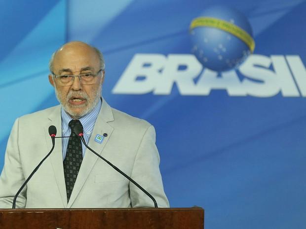 O ministro interino da Cultura João Batista de Andrade