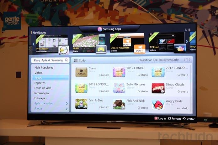 Menus principais faciliam a organização do conteúdo das novas Smart TVs da Samsung (Foto: Rodrigo Bastos/TechTudo)
