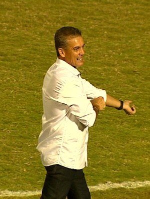 Paulo Roberto, técnico do Rio Claro (Foto: Marlon Tavoni/ EPTV)