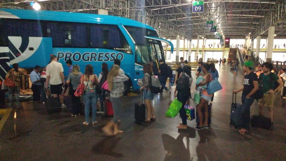 Período de São João provoca aumento de movimentação no TIP (Foto: Dele Wanderley/TV Globo)