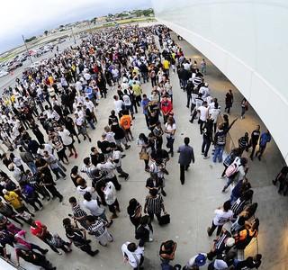 Fila na Arena Corinthians (Foto: Marcos Ribolli)