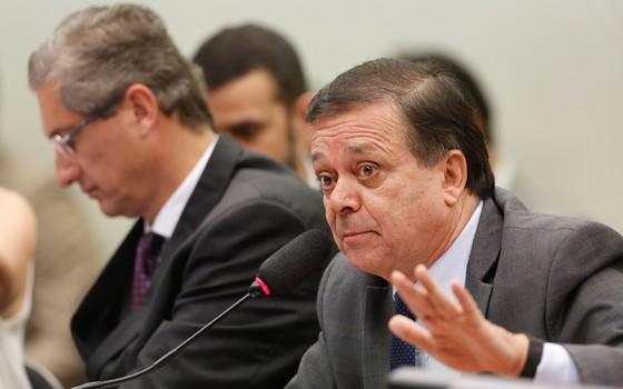 Deputado Rogério Rosso (presidente) e o Dep. Jovair Arantes (relator) na sessão da  Comissão Especial do Impeachment (Foto: Sérgio Lima/ÉPOCA)
