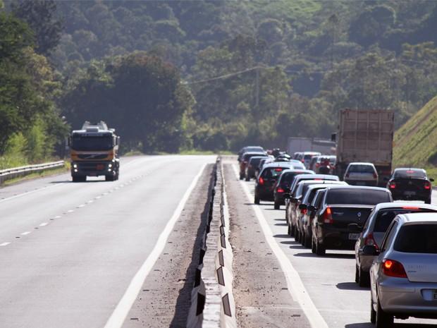 Com atraso, governo de SP entrega duplicação da Rodovia dos Tamoios (Foto: Carlos Santos/G1)