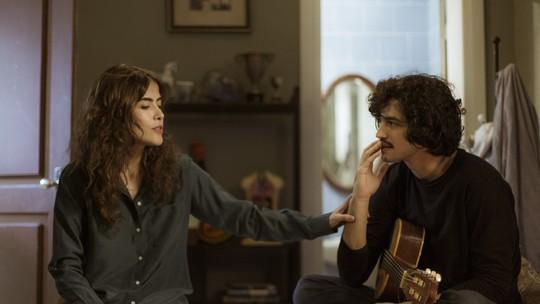 Gustavo diz à Rimena que vai cumprir promessa