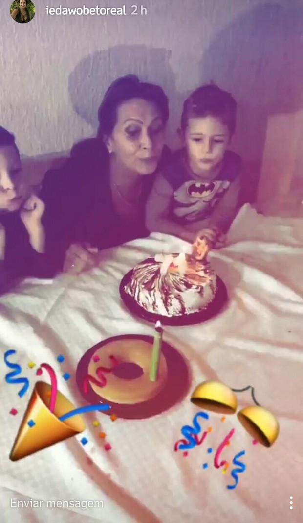 Ieda Wobeto celebra 71 anos com a família (Foto: Reprodução/Instagram)