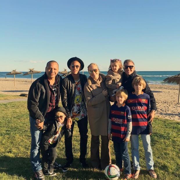 Neymar, Angelica e Luciano Huck (Foto: Reprodução / Instagram)