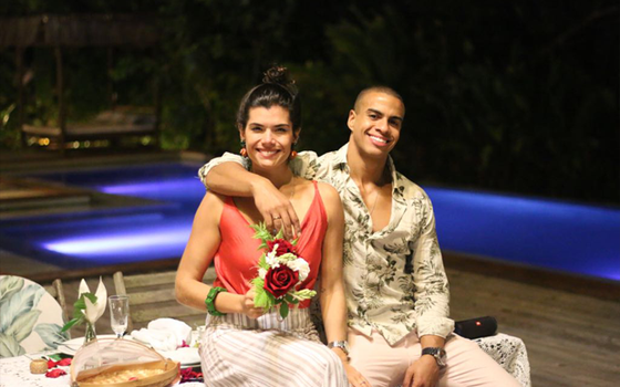 Yasmil Kalil e o noivo, Thiago Oliveira: eles se casam em setembro com festança para 300 convidados (Foto: Divulgação)