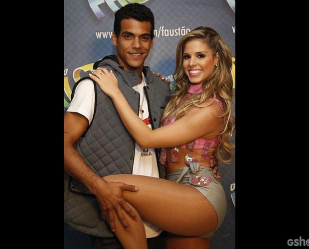 Marcello Melo Jr. e Raquel Guarini (Foto: Raphael Dias/ TV Globo)