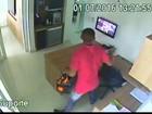 Câmeras flagram assalto a clínica em empresarial em João Pessoa