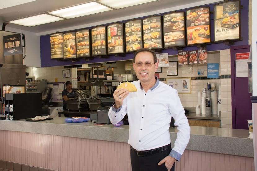 O empresário Carlos Wizard abrirá as primeiras unidades da rede Taco Bell no Brasil (Foto: Divulgação)