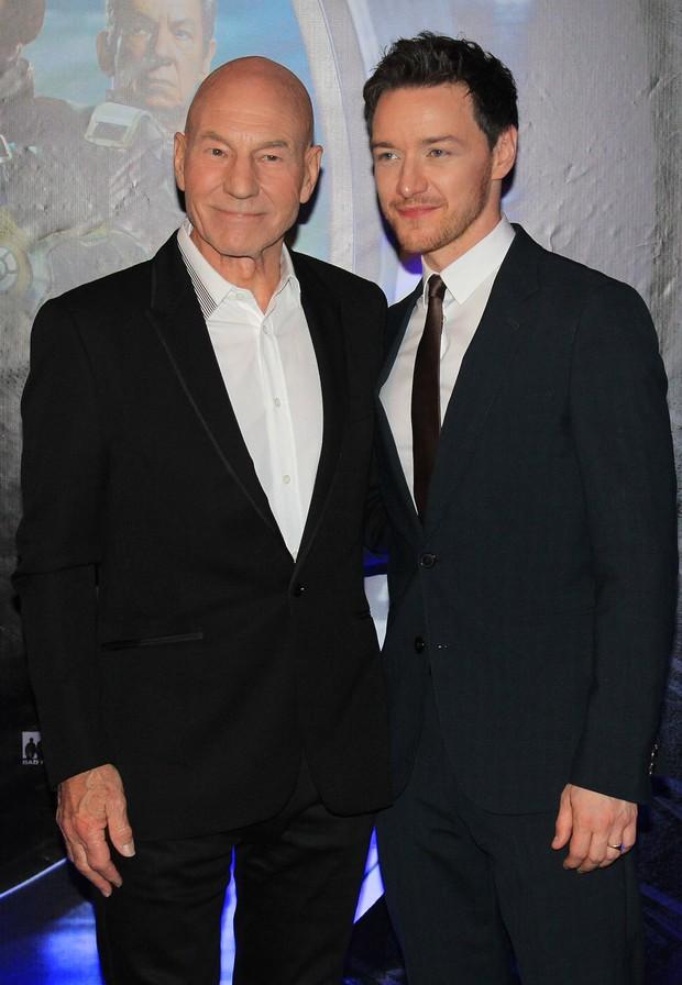 Patrick Stewart e James McAvoy (Foto: Celso Tavares / EGO)