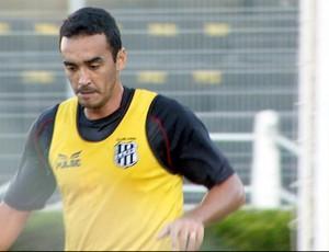Tiago Alves, zagueiro da Ponte Preta (Foto: Reprodução / EPTV)