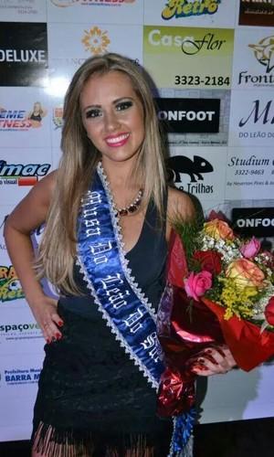 Mariana Angelim é a nova musa (Foto: Guto Silva/Barra Mansa FC)