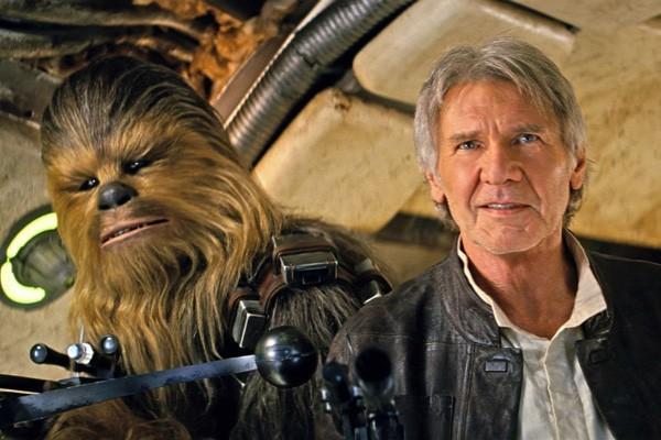 Chewbacca e Han Solo comemoram o título (Foto: Divulgação)