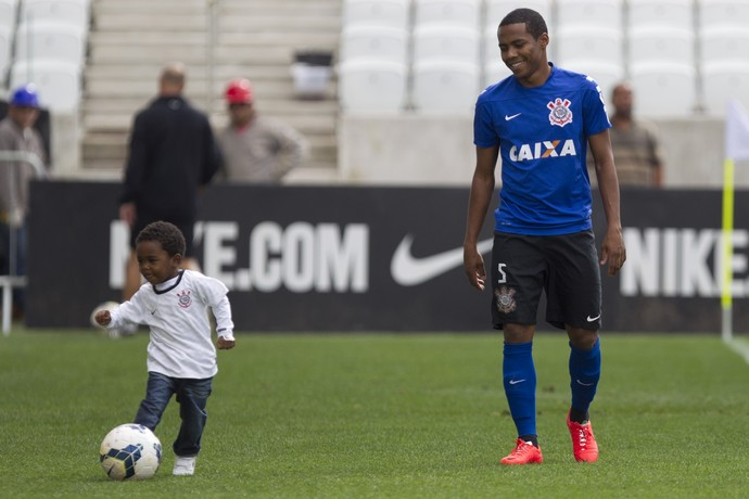 elias corinthians filho treino (Foto: Daniel Augusto Júnior/Agência Corinthians)