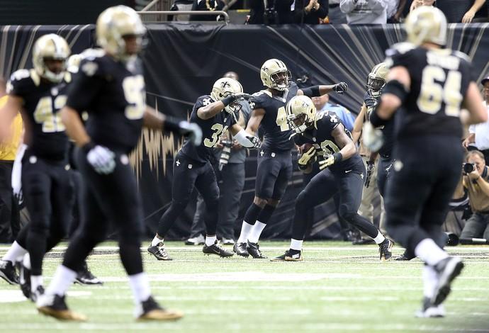 Stephone Anthony, dos Saints, festeja um lance inédito na NFL (Foto: Sean Gardner / Getty Images)