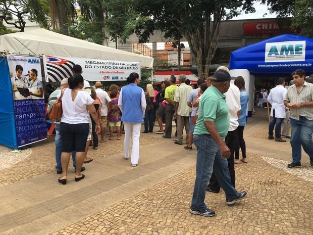 Mutirão da Saúde foi realizado em Presidente Prudente (Foto: Wellington Roberto/G1)