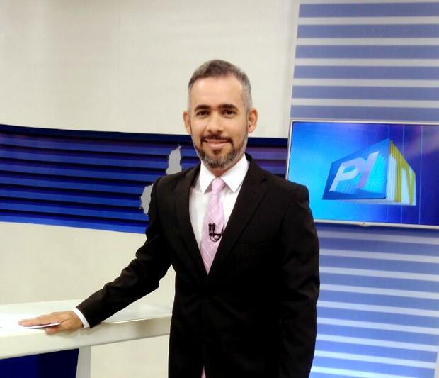 Renan Nunes na bancada do Piauí TV 1ª Edição (Foto: Arquivo pesssoal)